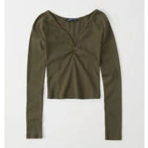 NWT abercrombie notch-neck ribbed top